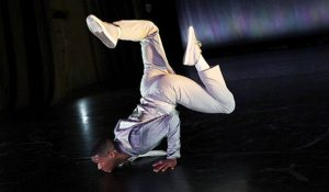 Photo of dancer from the Doug Elkins Dance Company
