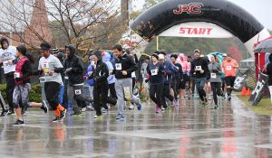 Photo showing the start of last year's Homecoming 5K race