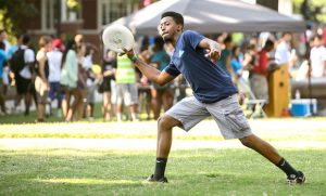 Photo of student throwing a frisbee
