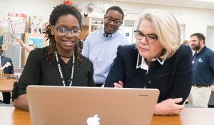 Photo of President Spellings visit to the School of Education