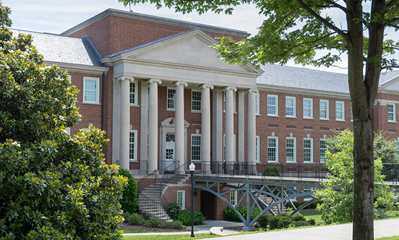 UNCG receives 'Gold Star' designation from National Society of Collegiate Scholars