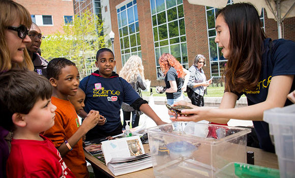 Become a scientist at annual Science Everywhere festival