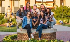 Group photo of incoming students on campus at SOAR