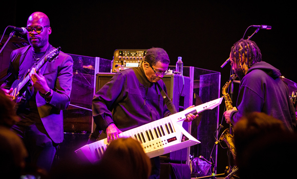 Jazz fusion visionary Herbie Hancock visits campus