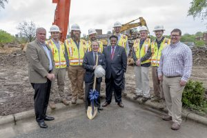 Photo of Quintal and others at the NiB groundbreaking