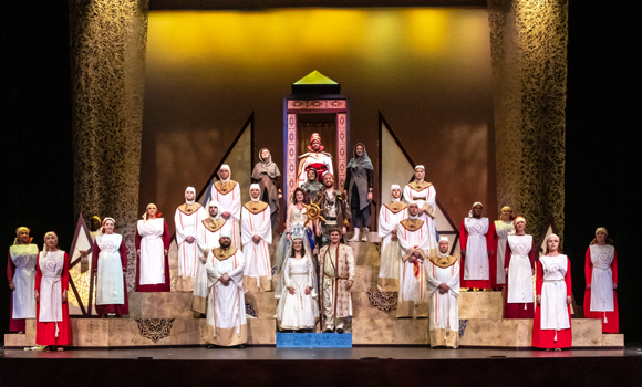 """Full cast of """"The Magic Flute"""" on stage"""