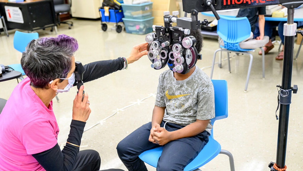 Student gets eye exam